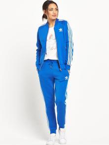 Adidas £45 (51,92€)