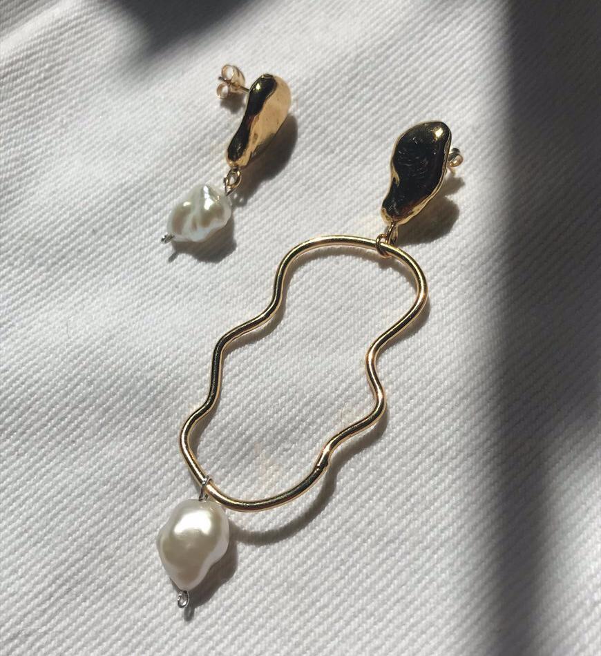 freshwater-pearl-earrings-1.jpg