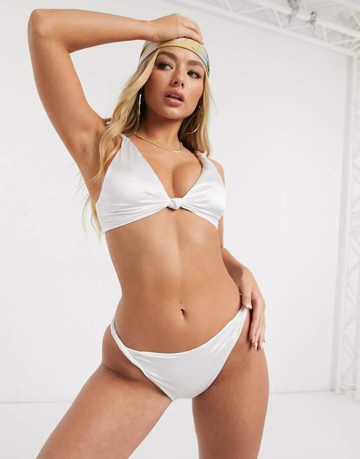 Twist detail bikini top & hipster bottom ASOS Fuller Bust